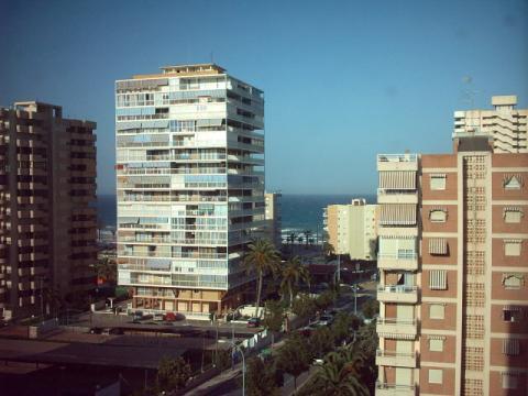 Apartamento en alquiler de temporada en calle Benidorm, Playa de San Juan - 22372907