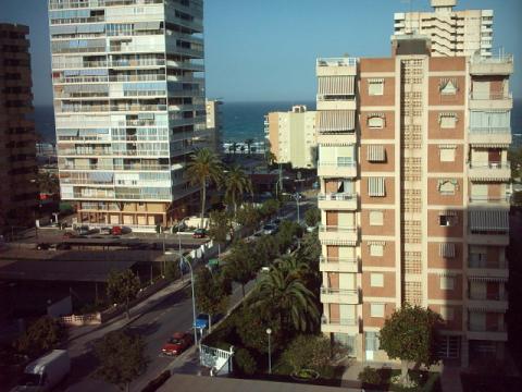 Apartamento en alquiler de temporada en calle Benidorm, Playa de San Juan - 22372911