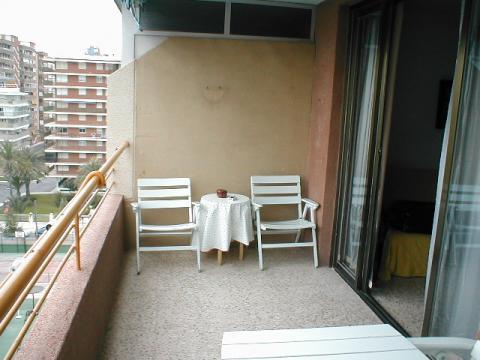 Apartamento en alquiler de temporada en calle Niza, Playa de San Juan - 22375857