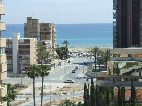 Apartamento en alquiler en calle Santander, Playa de San Juan - 23518881