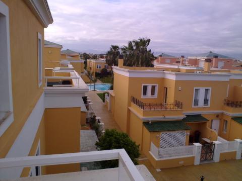 Bungalow en alquiler de temporada en calle Pintor Perez Gil, Playa de San Juan - 23004168