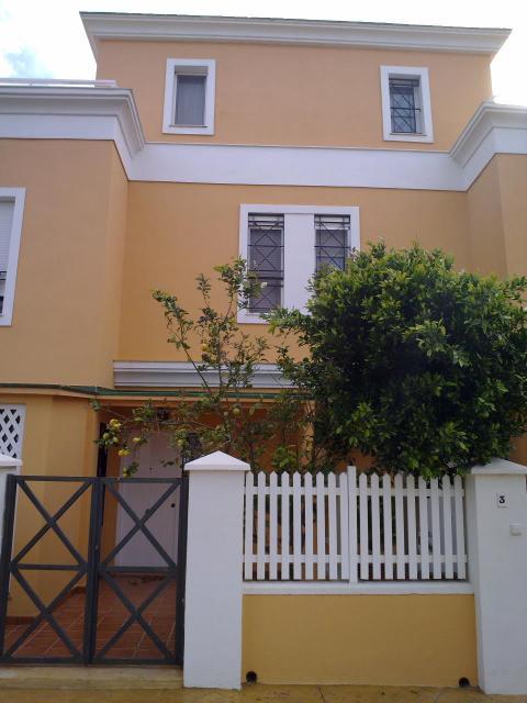 Bungalow en alquiler de temporada en calle Pintor Perez Gil, Playa de San Juan - 23004176
