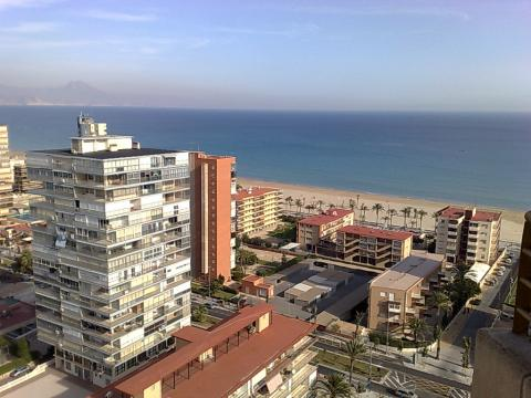 Piso en alquiler de temporada en calle Holanda, Playa de San Juan - 23119154