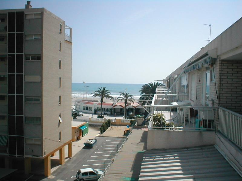 Piso en alquiler de temporada en calle Niza, Playa de San Juan - 106706562