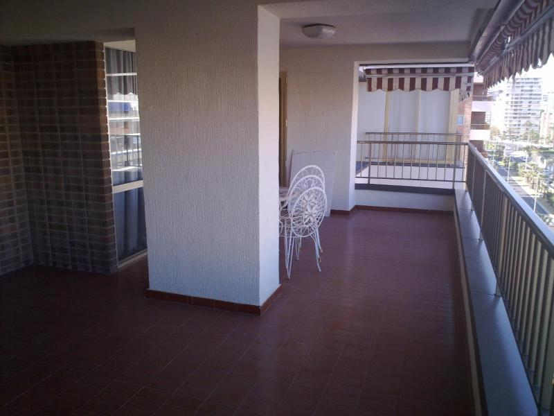 Piso en alquiler de temporada en calle Costablanca, Playa de San Juan - 109599251