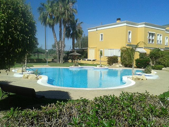 Bungalow en alquiler de temporada en calle Pintor Perez Gil, Playa de San Juan en Alicante/Alacant - 138707367