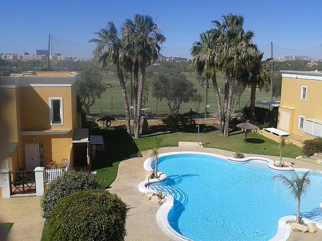 Bungalow en alquiler de temporada en calle Pintor Perez Gil, Playa de San Juan en Alicante/Alacant - 138707464