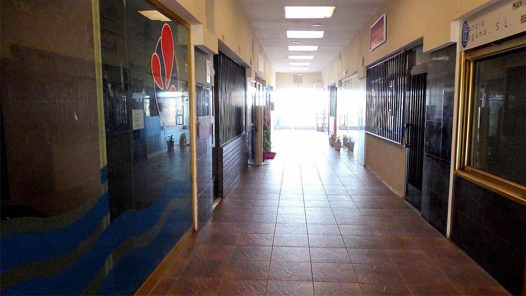 Local comercial en alquiler en calle Trujillo, Casco Antiguo en Boadilla del Monte - 323033368