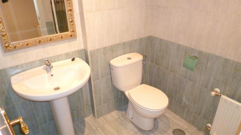 Baño - Dúplex en alquiler en calle Santa Fe, Zona Estación en Pozuelo de Alarcón - 112004032