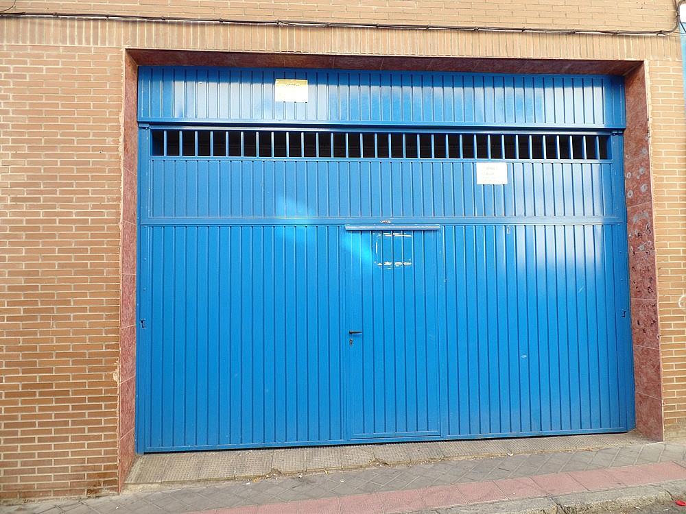 Local comercial en alquiler en calle Peñafiel, San Isidro en Madrid - 329583262