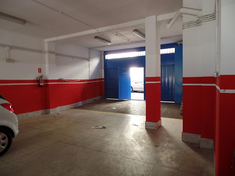 Local comercial en alquiler en calle Peñafiel, San Isidro en Madrid - 329583268