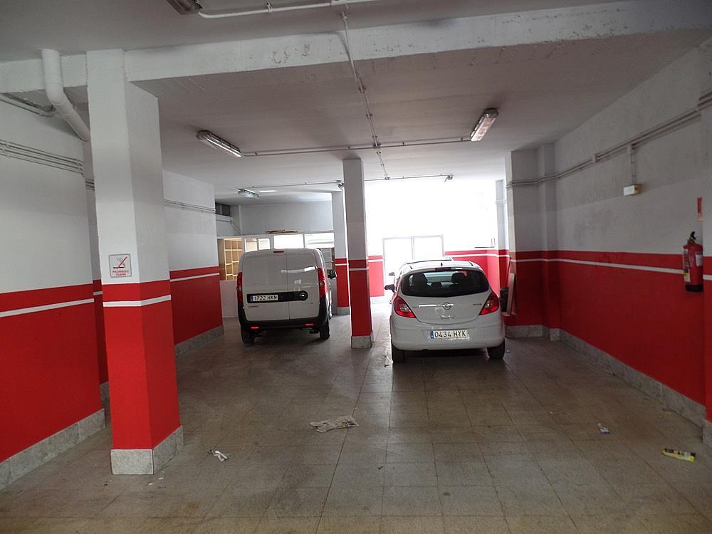 Local comercial en alquiler en calle Peñafiel, San Isidro en Madrid - 329583283