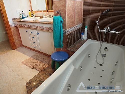 Chalet de lujo en Alicante - Chalet en alquiler opción compra en Villafranqueza - 293950419