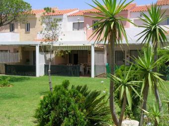 Dúplex en alquiler en urbanización La Balconera, La Barrosa en Chiclana de la Frontera - 57010702