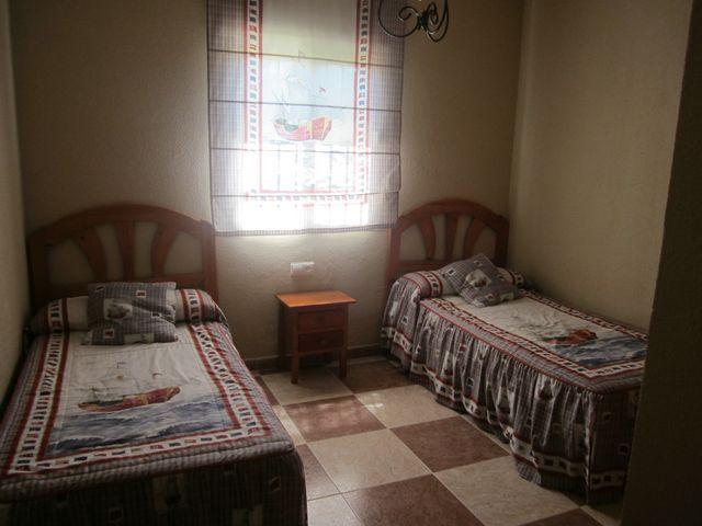 Chalet en alquiler en urbanización Las Quintas, La Barrosa en Chiclana de la Frontera - 117485782