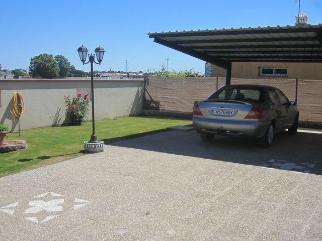 Chalet en alquiler en urbanización Las Quintas, La Barrosa en Chiclana de la Frontera - 117485808