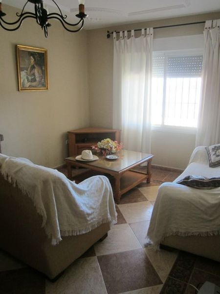 Chalet en alquiler en urbanización Las Quintas, La Barrosa en Chiclana de la Frontera - 117485821
