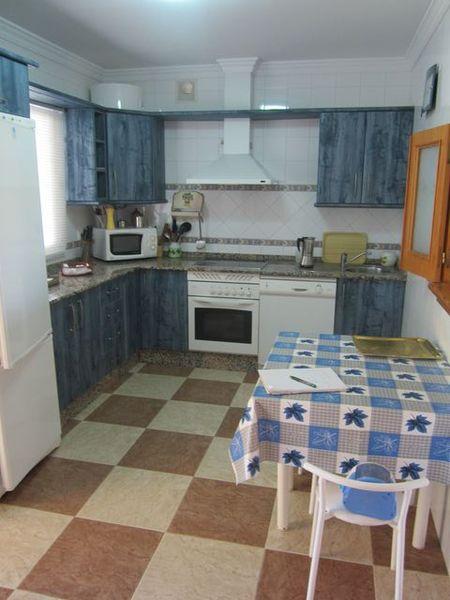 Chalet en alquiler en urbanización Las Quintas, La Barrosa en Chiclana de la Frontera - 117485822