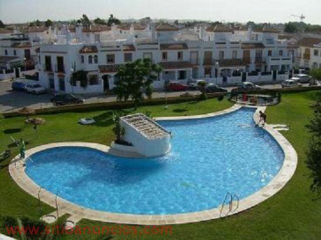 Apartamento en alquiler en urbanización Apartclub la Barrosa, El Lugar en Chiclana de la Frontera - 119992308
