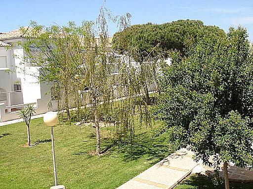 Apartamento en alquiler en calle Caracolillo, La Barrosa en Chiclana de la Frontera - 130044420