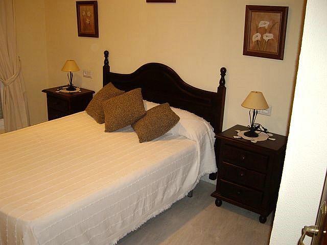 Apartamento en alquiler en calle Caracolillo, La Barrosa en Chiclana de la Frontera - 130045062