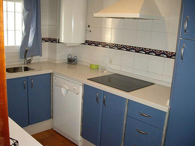 Apartamento en alquiler en calle Caracolillo, La Barrosa en Chiclana de la Frontera - 130045145