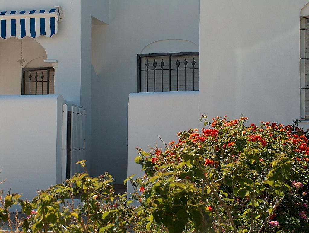 Apartamento en alquiler en calle Caracolillo, La Barrosa en Chiclana de la Frontera - 130045176