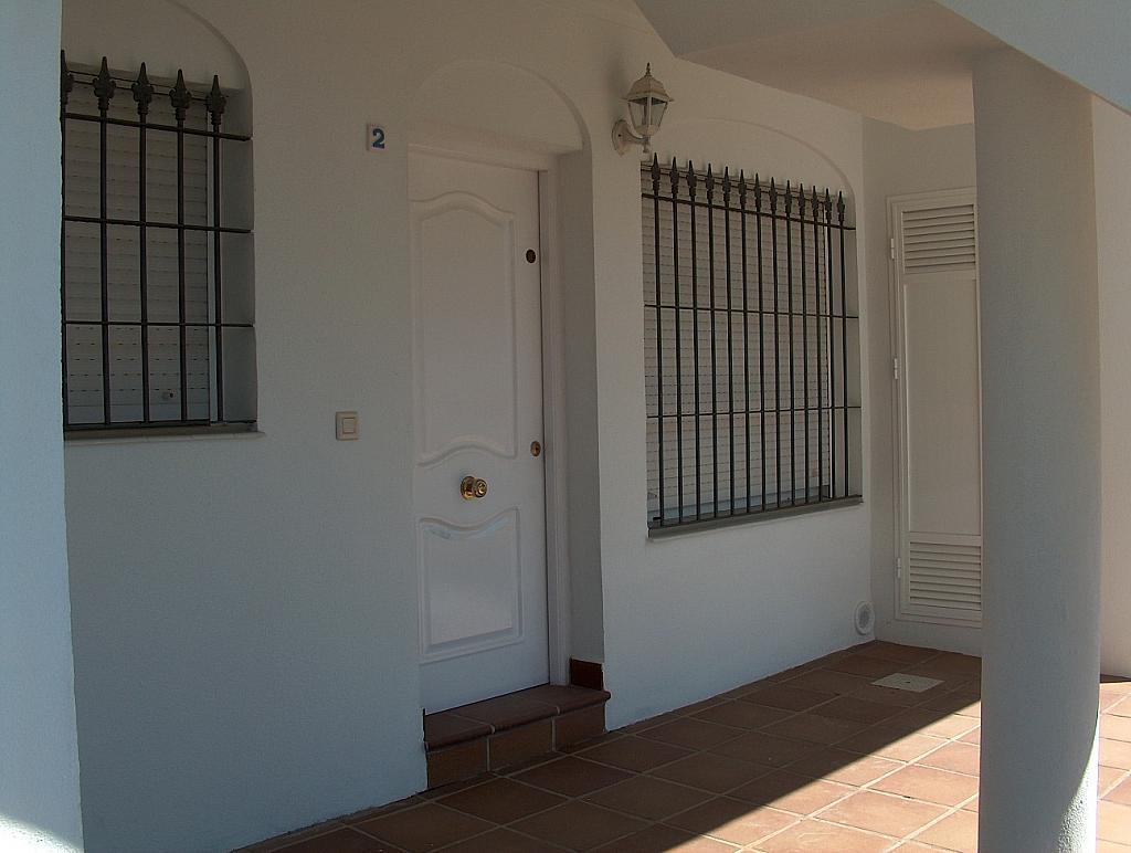 Apartamento en alquiler en calle Caracolillo, La Barrosa en Chiclana de la Frontera - 130045209