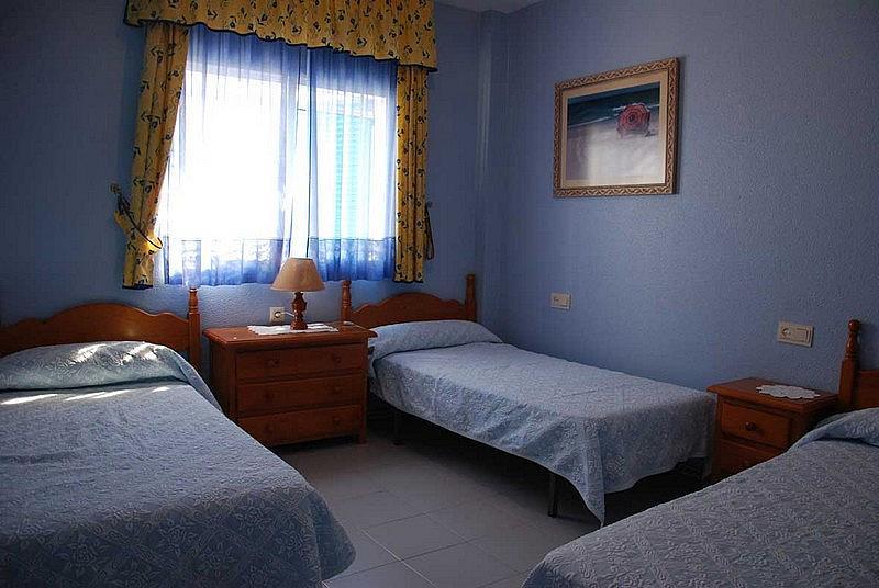 Dormitorio - Apartamento en alquiler en urbanización Almadraba, El Lugar en Chiclana de la Frontera - 171574458