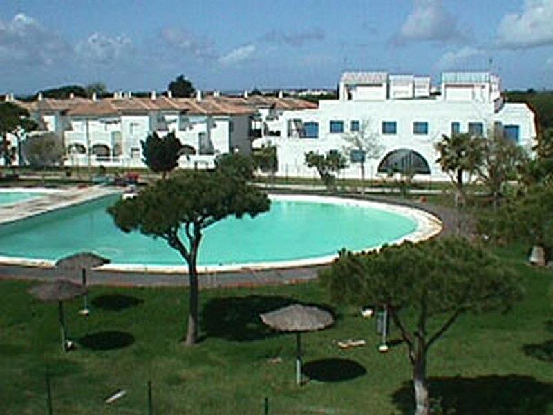 Piscina - Apartamento en alquiler en urbanización Almadraba, El Lugar en Chiclana de la Frontera - 171574565