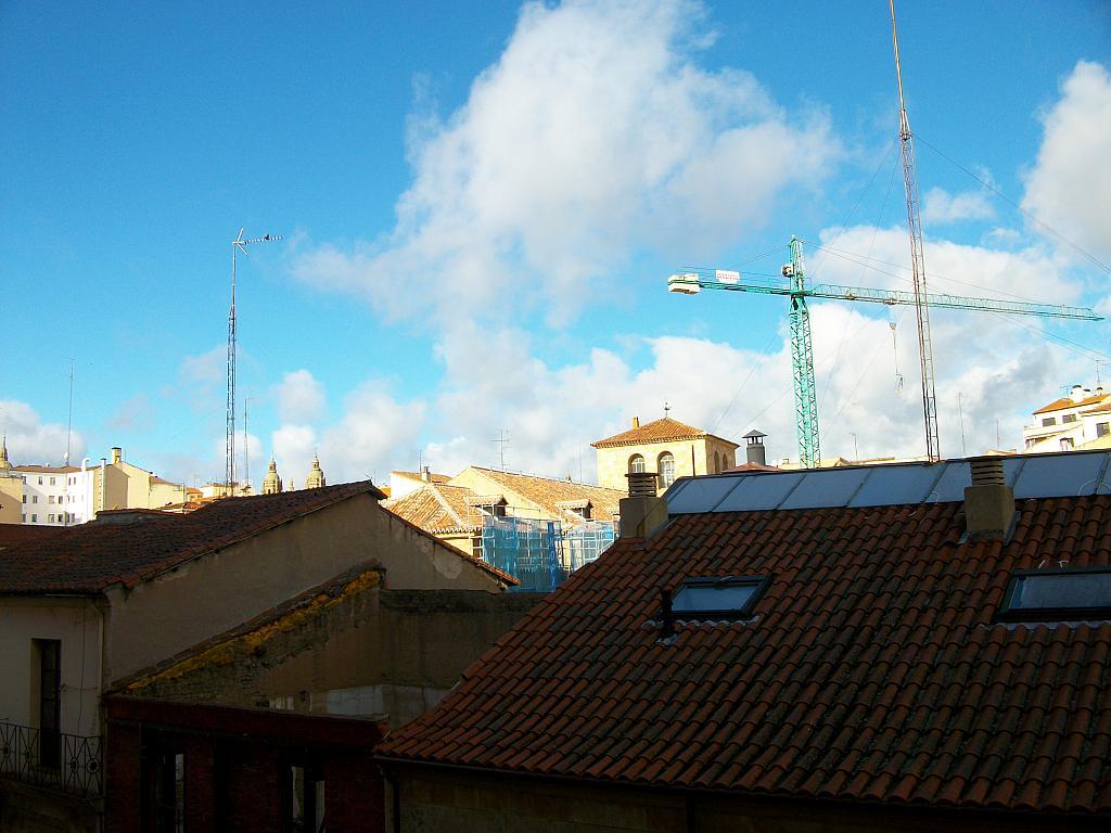 Piso en alquiler en calle Correhuela, Centro en Salamanca - 266036443