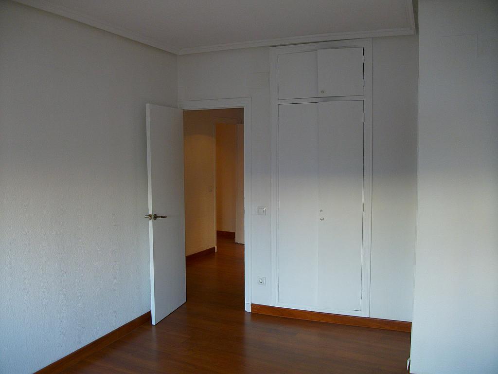 Piso en alquiler en calle Correhuela, Centro en Salamanca - 266038079