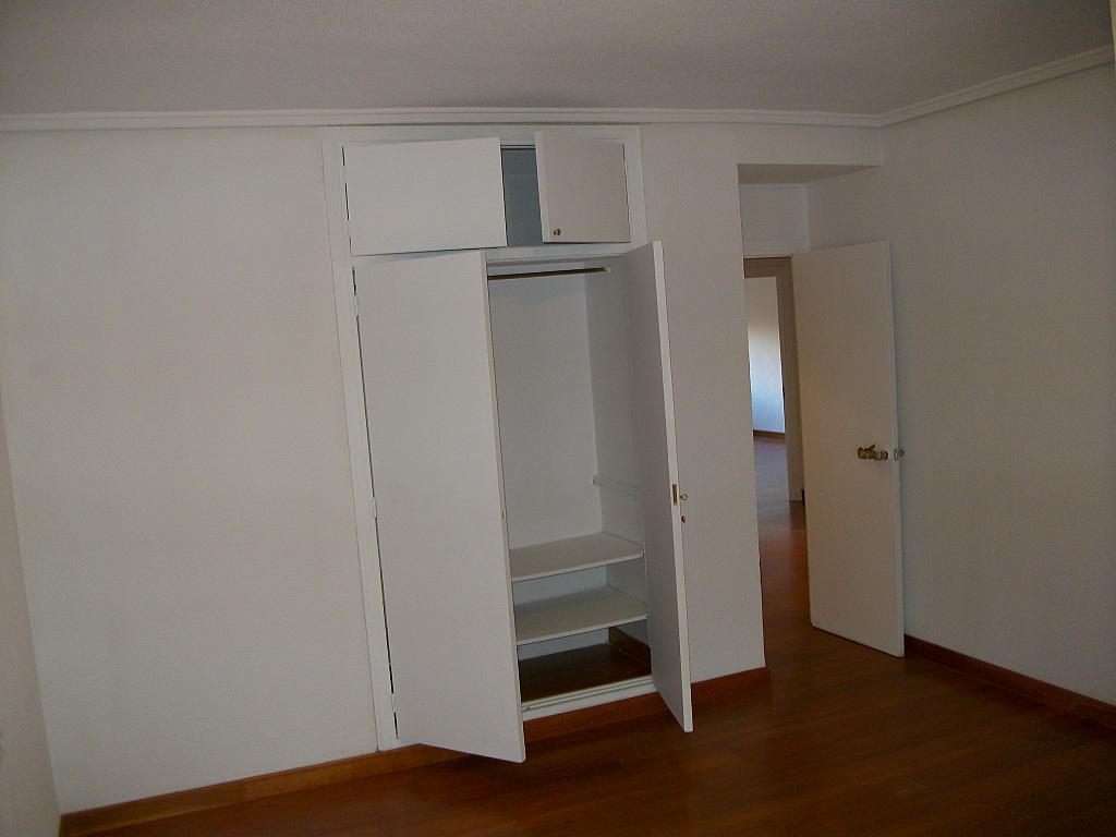 Piso en alquiler en calle Correhuela, Centro en Salamanca - 266038646