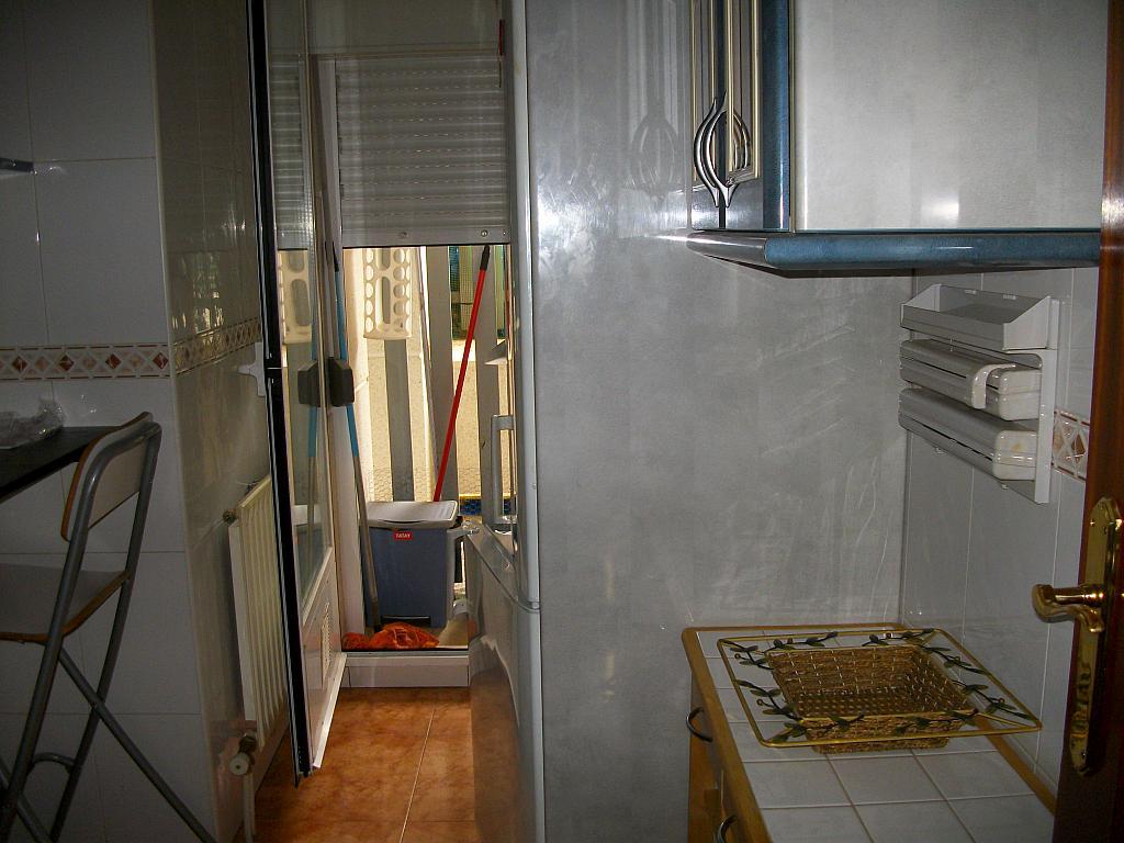 Piso en alquiler en calle San Antonio, Carbajosa de la Sagrada - 324836845