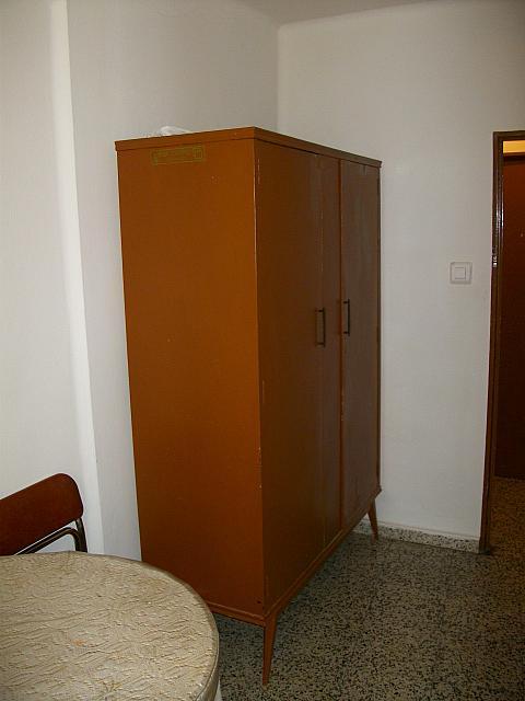 Piso en alquiler en calle Nieto Bonal, Carmelitas Oeste en Salamanca - 148622785