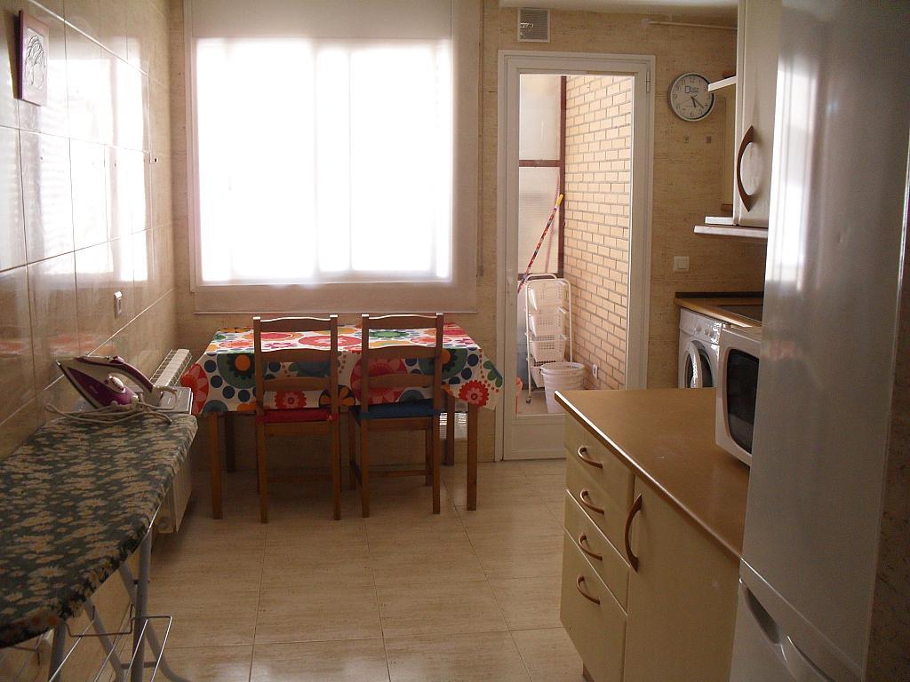 Piso en alquiler en calle Eras de Móstoles, Zona Centro en Villanueva de la Cañada - 281137176