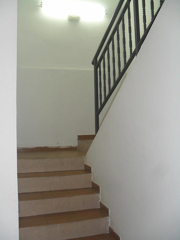 Local comercial en alquiler en calle Luna, Zona Centro en Villanueva de la Cañada - 296236072