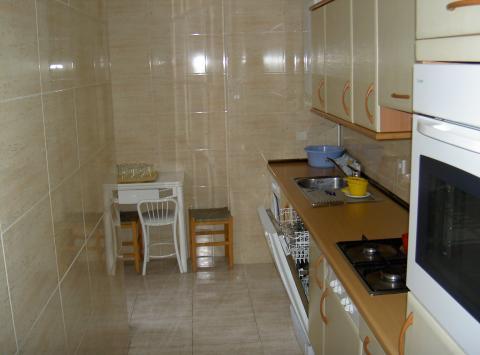 cocina-piso-en-venta-en-rioja-villanueva-de-la-canada