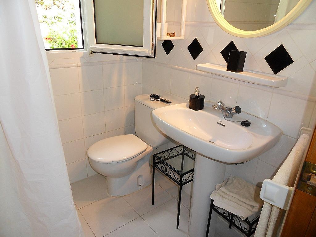 Baño - Apartamento en alquiler de temporada en barrio Marineta Casiana, El Puerto en Dénia - 200886177