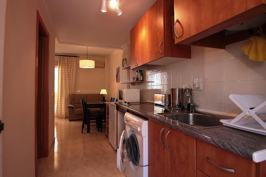 Cocina - Apartamento en alquiler de temporada en carretera Las Marinas, Las Marinas - Les Marines  en Dénia - 200886912