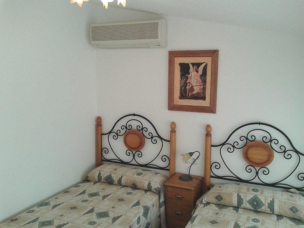 Dormitorio - Apartamento en alquiler de temporada en calle Sanabria, Las Marinas - Les Marines  en Dénia - 237720814