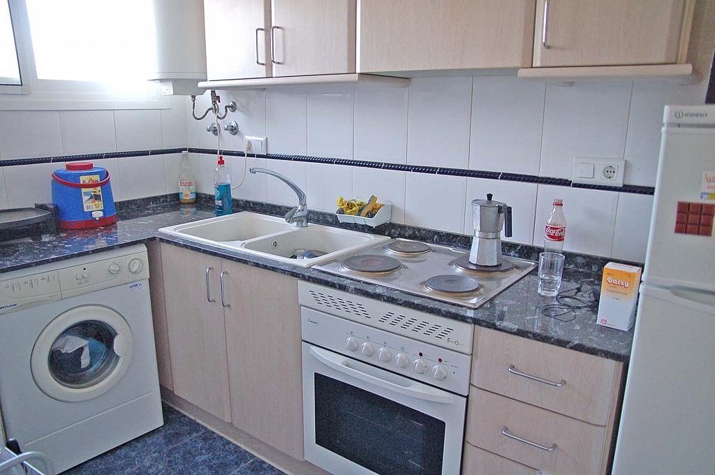 Cocina - Apartamento en alquiler de temporada en carretera Las Marinas, Las Marinas - Les Marines  en Dénia - 271484761