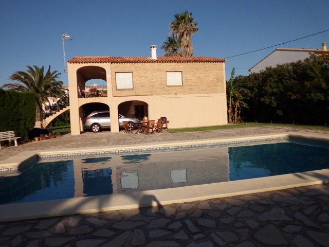 Chalet en alquiler de temporada en calle Els Molins, Dénia - 118142434