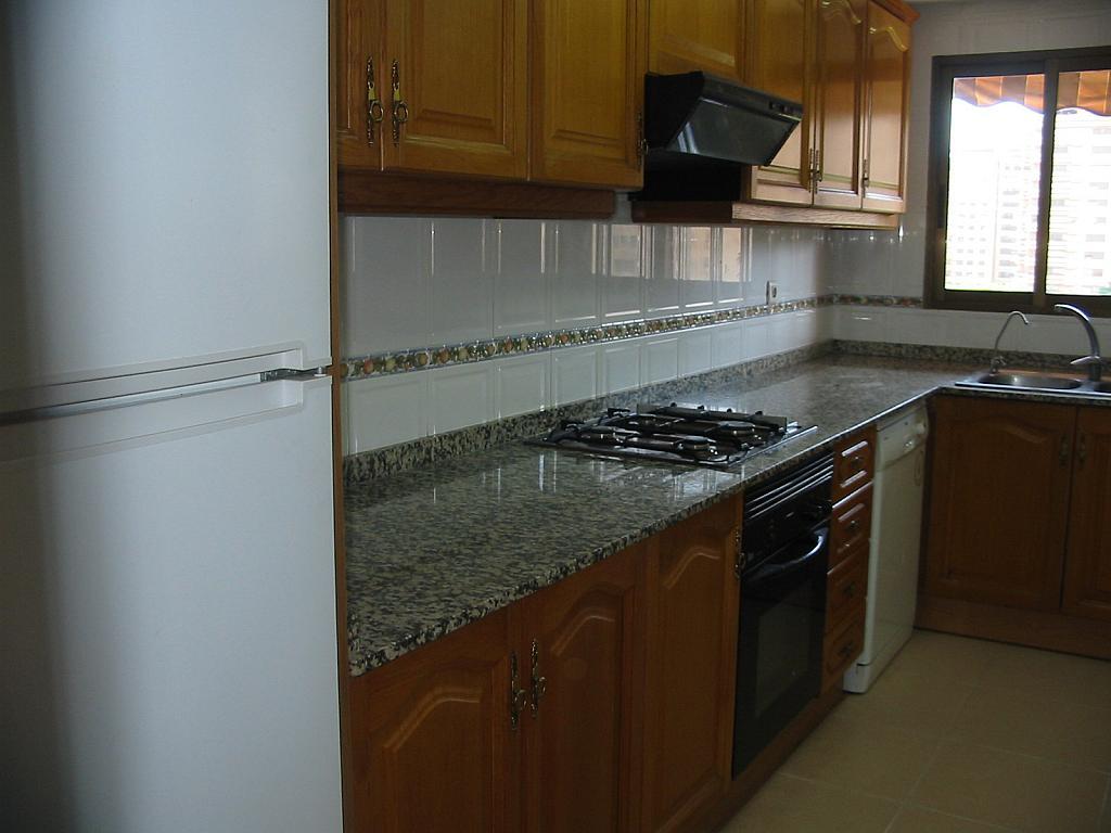 Piso en alquiler en calle Pintor Maella, Penya-Roja en Valencia - 136493240
