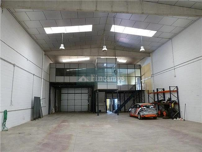 Nave industrial en alquiler en Castellar del Vallès - 317398712
