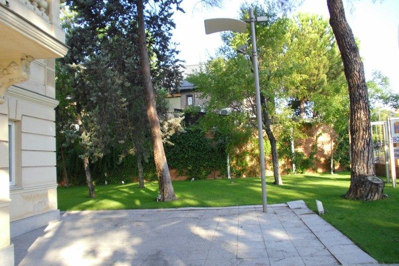 Jardín - Oficina en alquiler en calle Arturo Soria, Concepción en Madrid - 120676413