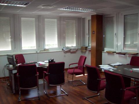 Oficina en alquiler en Distrito Sur en Sevilla - 17384293