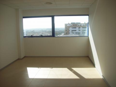 Oficina en alquiler en Este - Alcosa - Torreblanca en Sevilla - 21151256