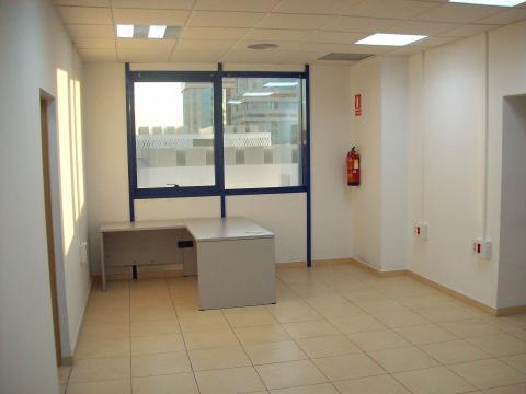 Oficina en alquiler en Nervión en Sevilla - 21161083