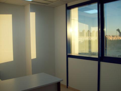 Oficina en alquiler en Nervión en Sevilla - 21161093
